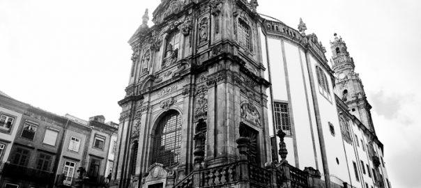 As 100 Sacras: Dia 27 - Igreja e Torre dos Clérigos em Porto, Protugal