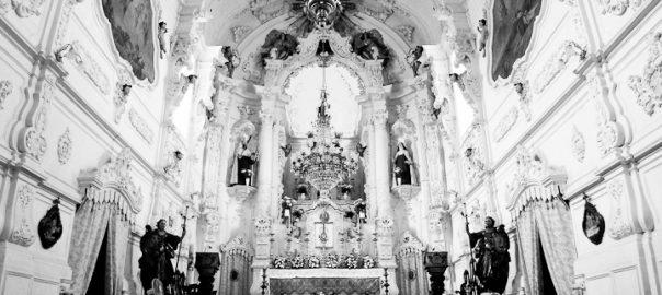 As 100 Sacras: Dia 43 - Interior da Igreja do Carmo em São João del-Rei, Minas Gerais