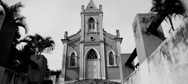 As 100 Sacras: Dia 69 - Igreja de Nossa Senhora do Rosário em Lagoa Dourada, Minas Gerais