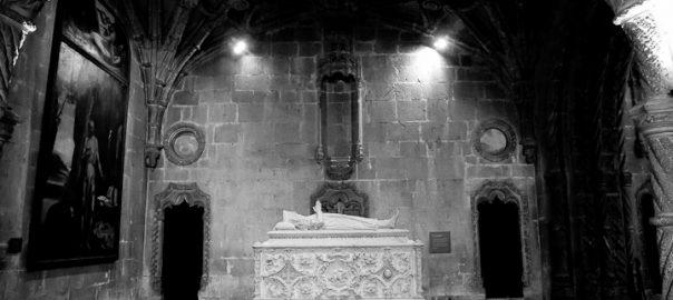 As 100 Sacras: Dia 88 - Túmulo de Vasco da Gama no Mosteiro dos Jerónimos em Lisboa, Portugal