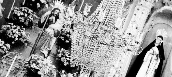 As 100 Sacras: Dia 90 - Altar da igreja de Nossa Senhora do Rosário em São João del-Rei, Minas Gerais