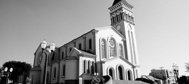 As 100 Sacras: Dia 91 - Catedral Cristo Rei em Cornélio Procópio, Paraná