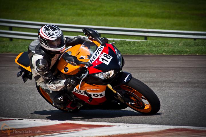 Honda CBR Fireblade Repsol #umamotopordia #osvaldofuriatto