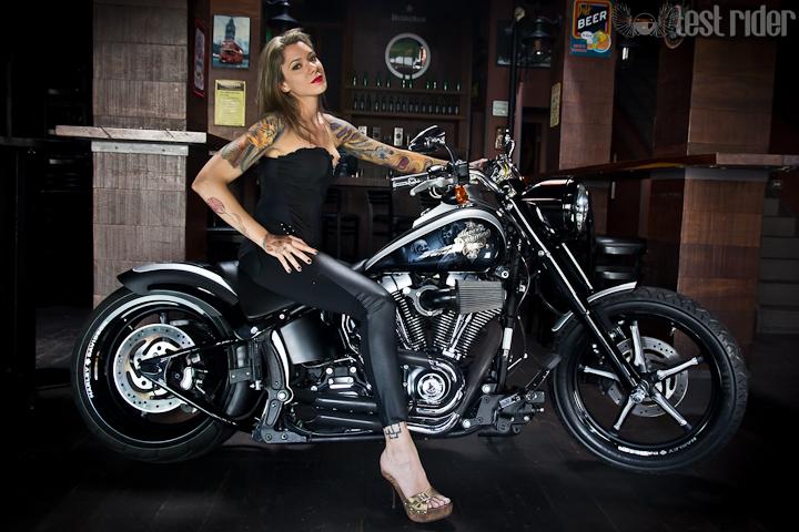 Harley-Davidson Custom by Garage Henn #umamotopordia #osvaldofuriatto