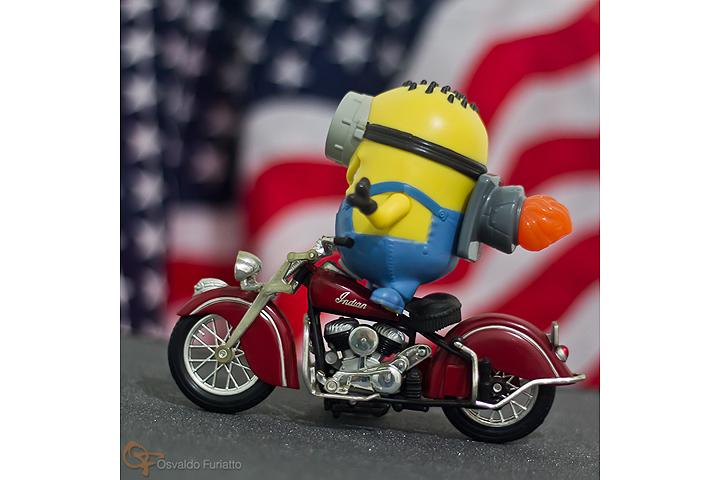 Minions em uma moto por dia: Dia 9