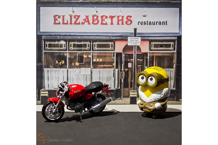 Minions em uma moto por dia: Dia 19