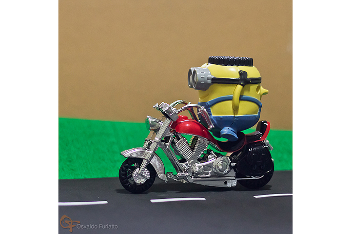 Minions em uma moto por dia: Dia 27