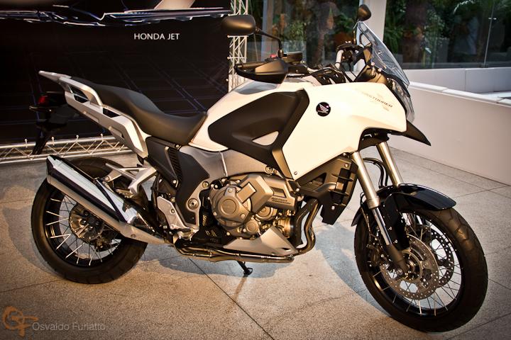 Honda VFR 1200X Crosstourerr #umamotopordia #osvaldofuriatto